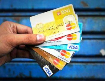 Mitos Kartu Kredit yang Terlanjur Dipercaya Publik